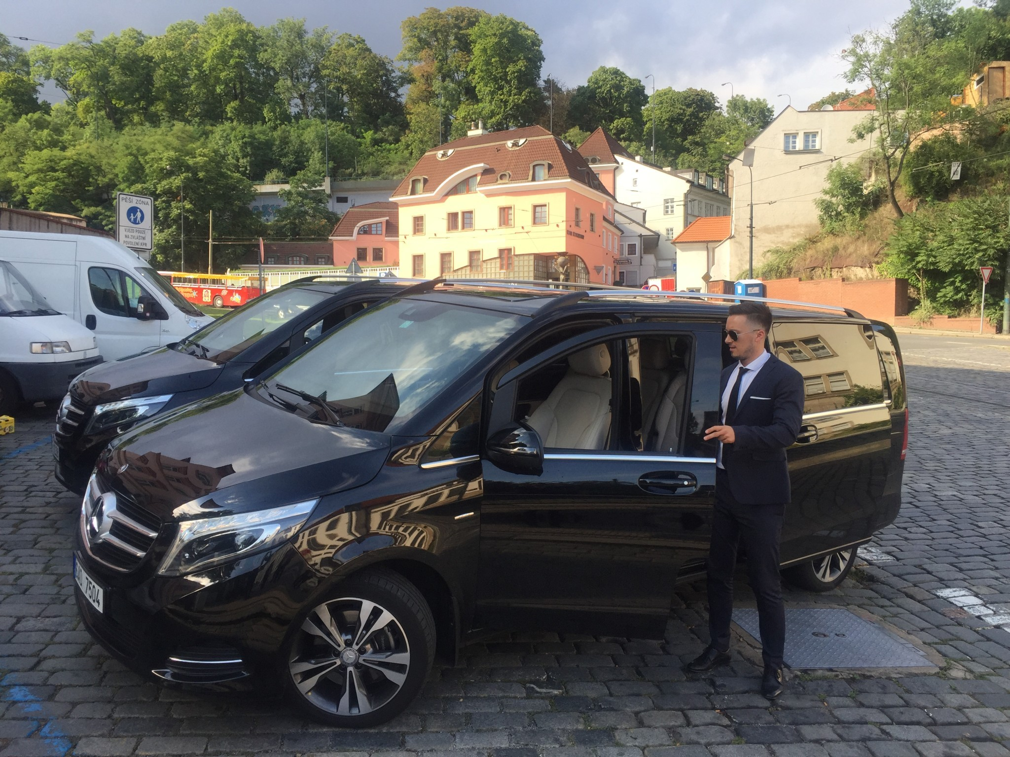 van with driver hire prague