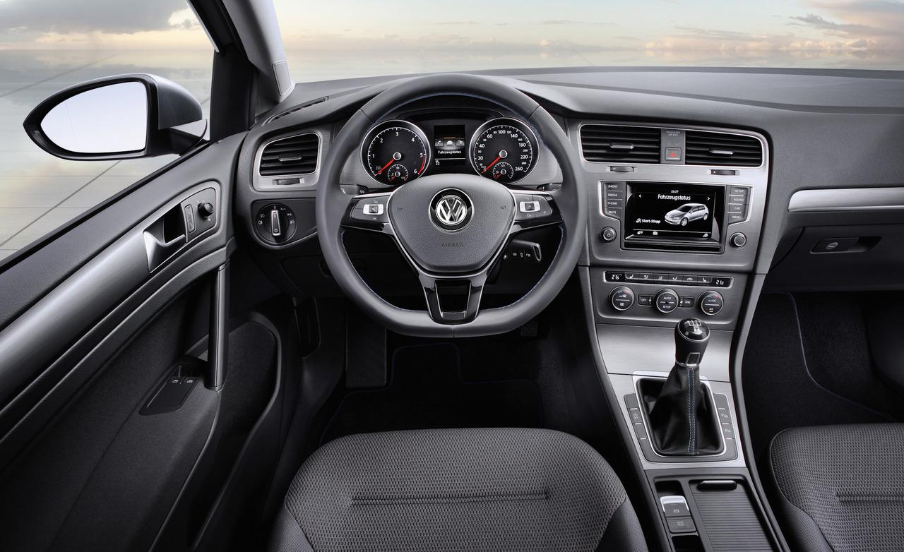 vw-golf-interior