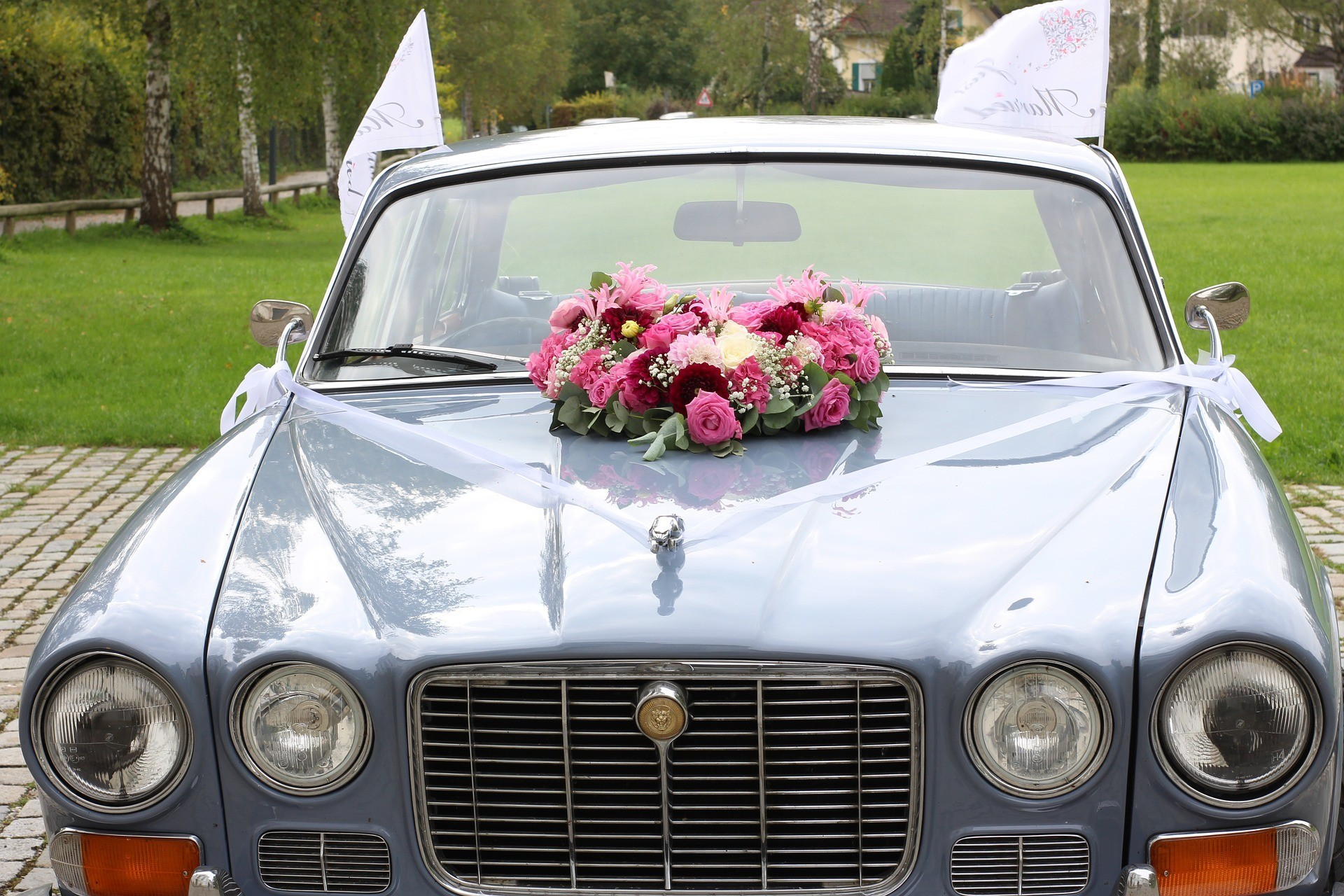 wedding car prague