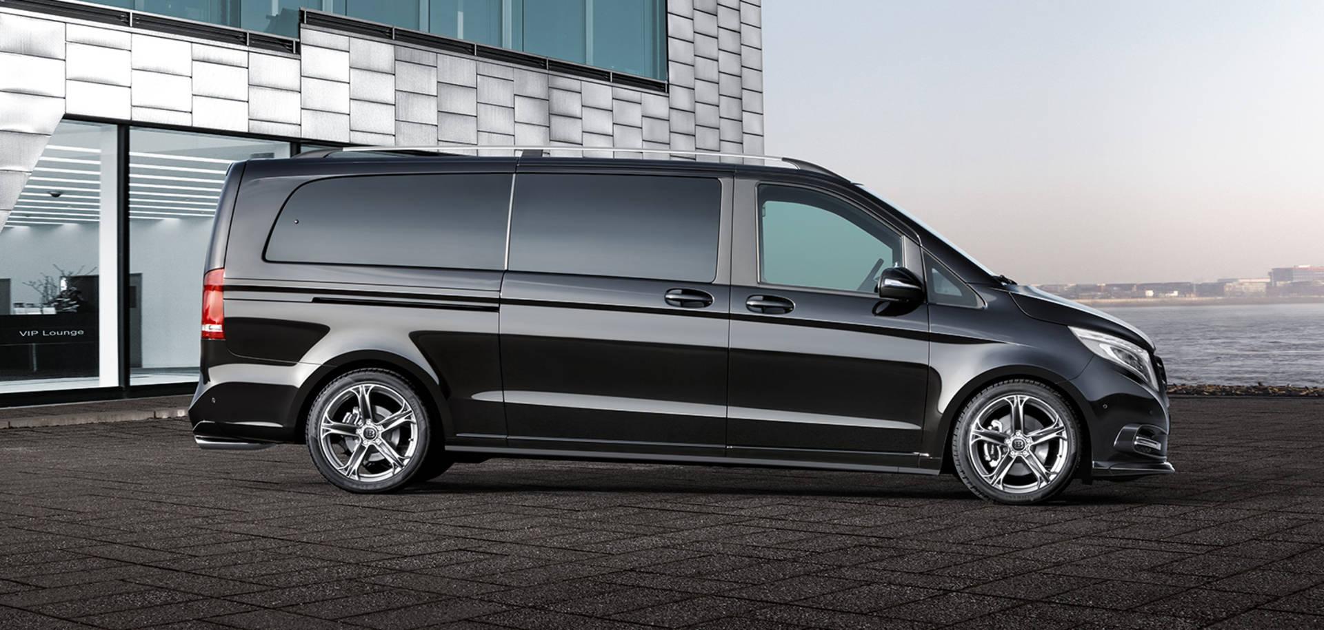 luxury minivan hire prague