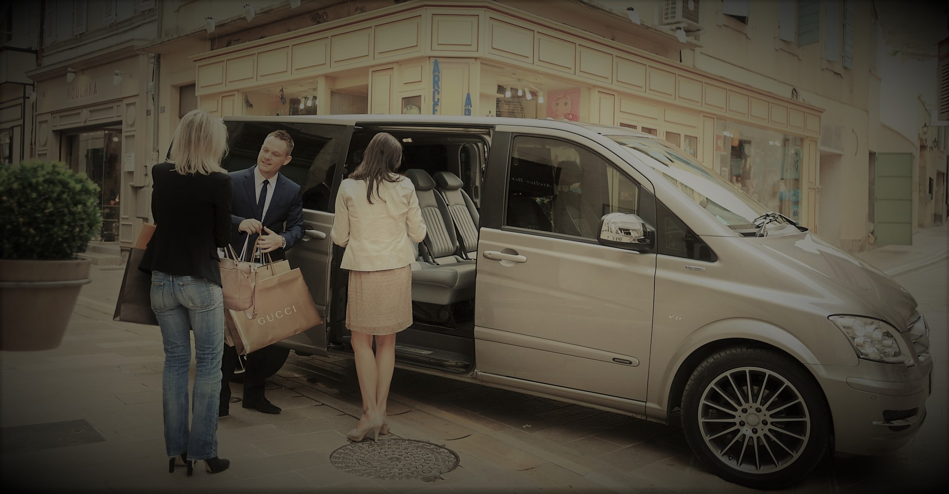 Prague-airport-limo-service