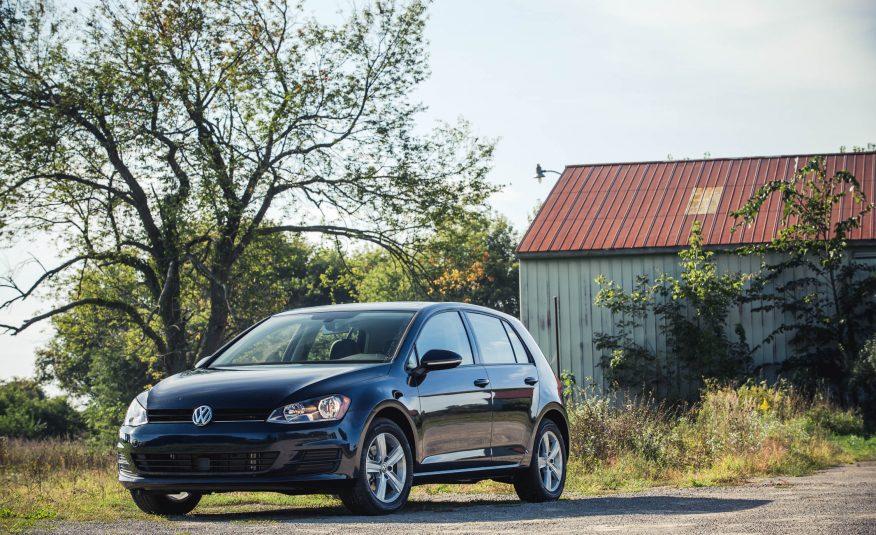 Volkswagen-Golf-prague